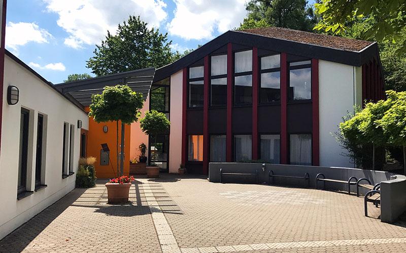 004-oberwesel-juniors-building