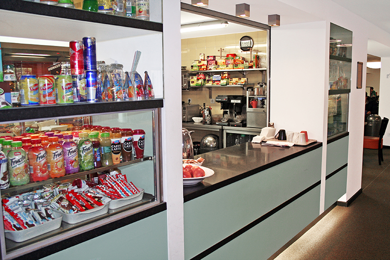 005-cologne-snacks