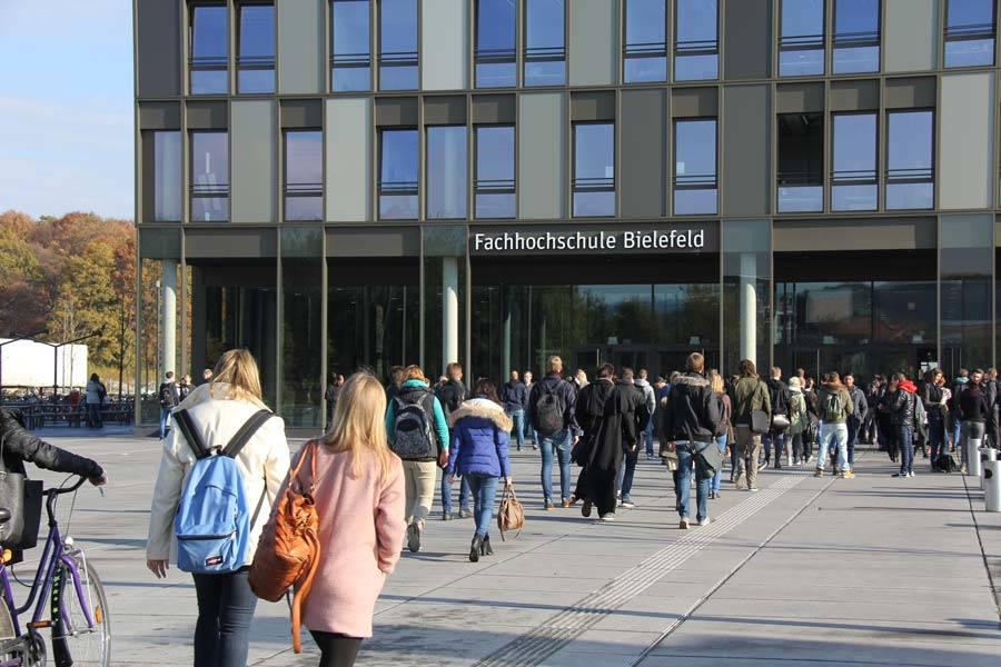 Fachhochschule или Uni: что выбрать?