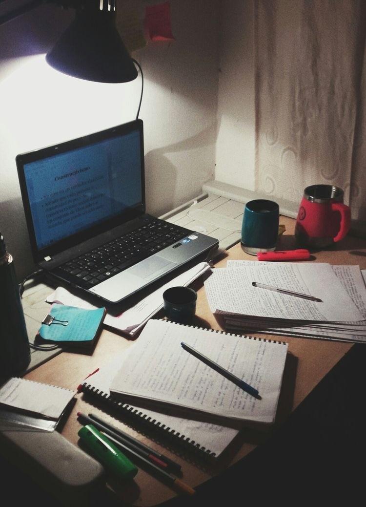 Карьера в университете: как стать профессором?