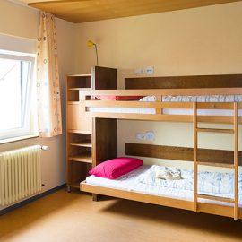 Bad-Duerkheim_Four-bed-room_7546_16x9
