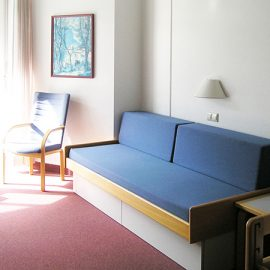 Bad-Schussenried_Single-room_balcony_16x9