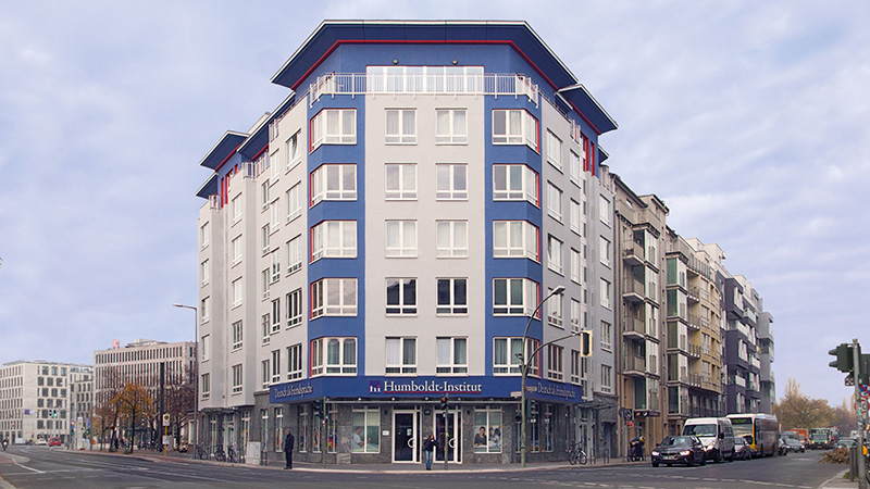 Berlin-City_building_5790_16x9