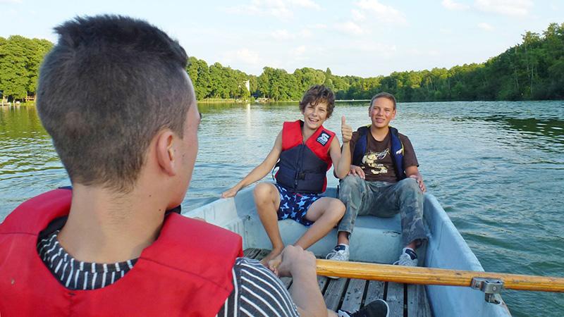 Berlin-Lehnin_Rowing-course_P1050037_16x9