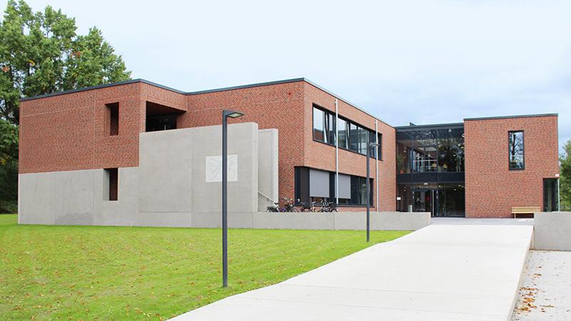 Heessen_Modern-classroom-facilities_0010_16x9
