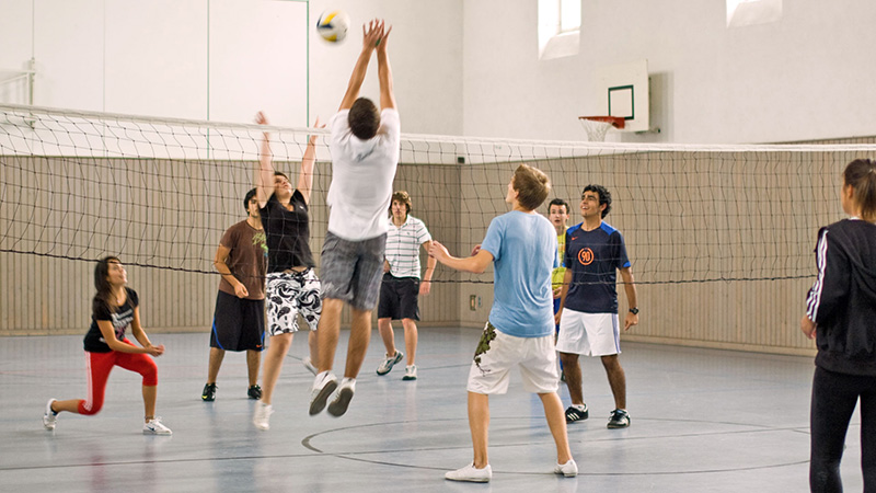 Munich-Center_Volleyball-in-the-gym_656_16x9
