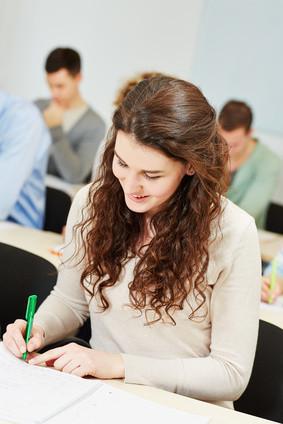 TestAS – тест для иностранных абитуриентов Studentin im Seminar einer Universität